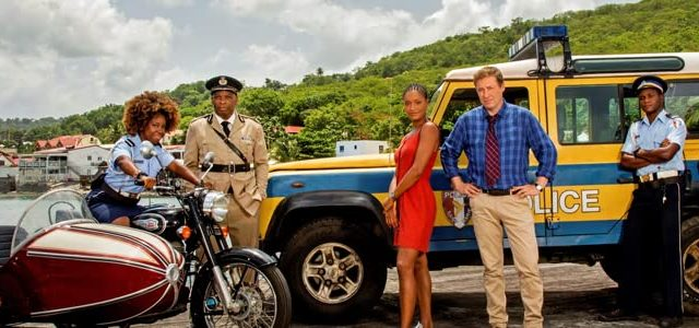 Death in Paradise – Staffel 9 [4 DVDs] Ardal O'Hanlon (Darsteller), Ralf Little (Darsteller) Alterseinstufung: Freigegeben ab 12 Jahren Format: DVD – BEI UNS ZWEIMAL IM PREISRÄTSEL!